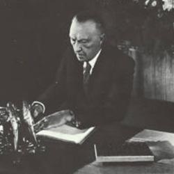 Adenauer_Artikel_klein.jpg