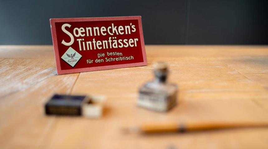 Soennecken-Tintenfass_Header.jpg